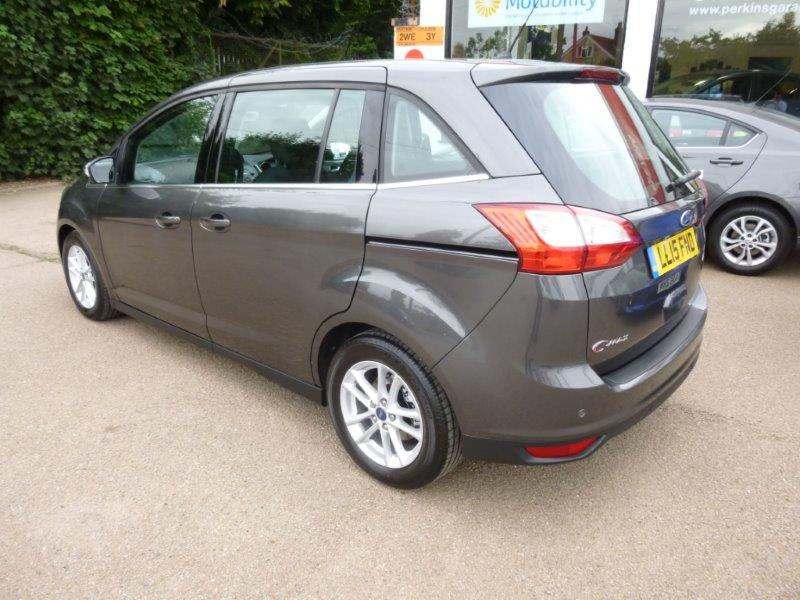 Used Grand C-Max NEW MODEL Zetec 7 seater for sale - Perkins Garages